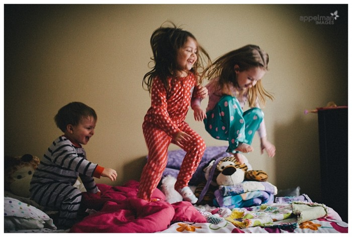 Little Kids Jumping on a Bed Family Pictures color 10-365 2014