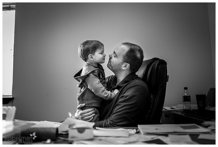 Simple Lifestyle portraits baby visiting papa at work naperville documentary family photographer_lowres 136-365 2014