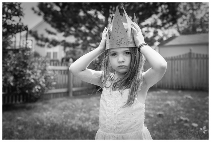 Naperville Child portrait photographer Lifestyle photojournalist Elsa Crown 147-365 2014