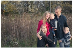 Fall in a Field – The K Family Mini Session