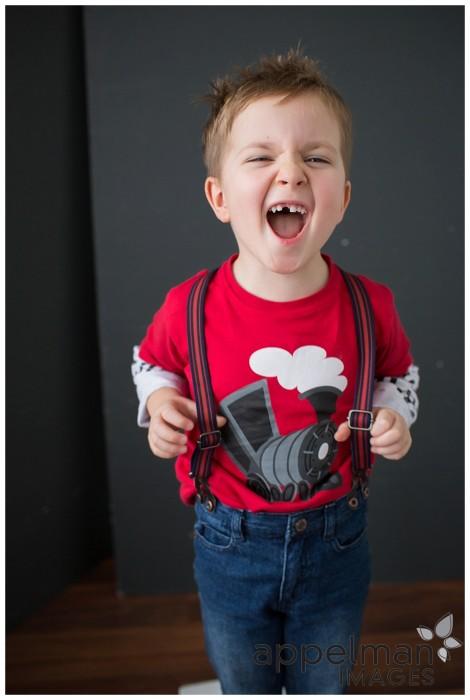 child photographer candid lifestyle studio naperville